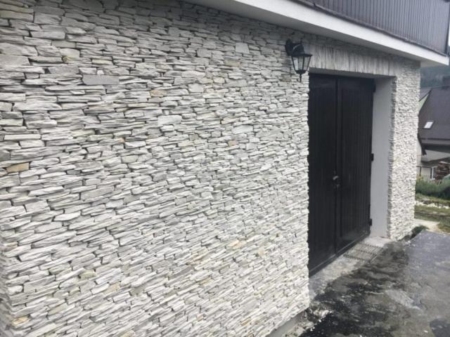 Elewacje kamienne z łupka kwarcytowego