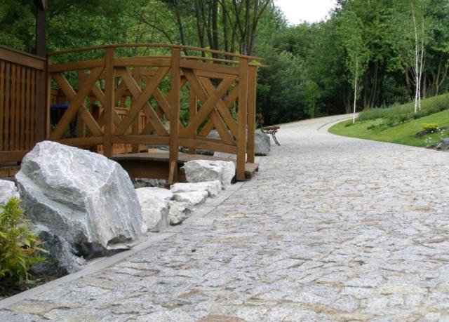 Nawierzchnia kamienna z granitu