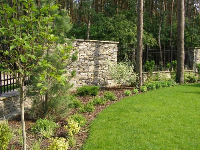 Ogrodzenie kamienne z łupka tatrzańskiego